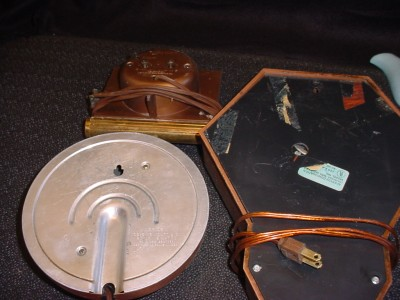 3 vintage telechron spartus westclox electric clocks for Antique electric motor repair