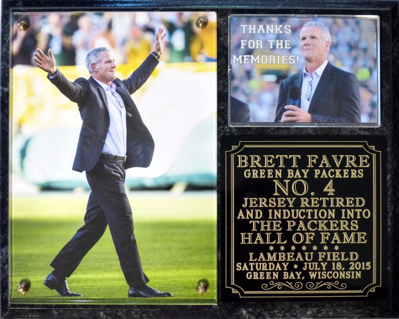 brett favre 4 retired green bay packers hof induction. Black Bedroom Furniture Sets. Home Design Ideas