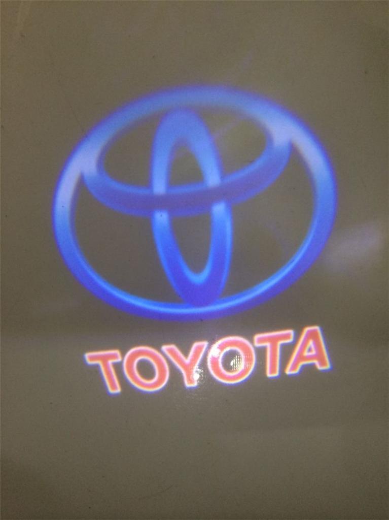 toyota logo changes