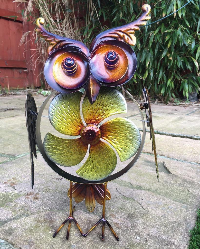 Large metal owl with windmill garden decor 61252 ebay for Daylight designs metal garden art