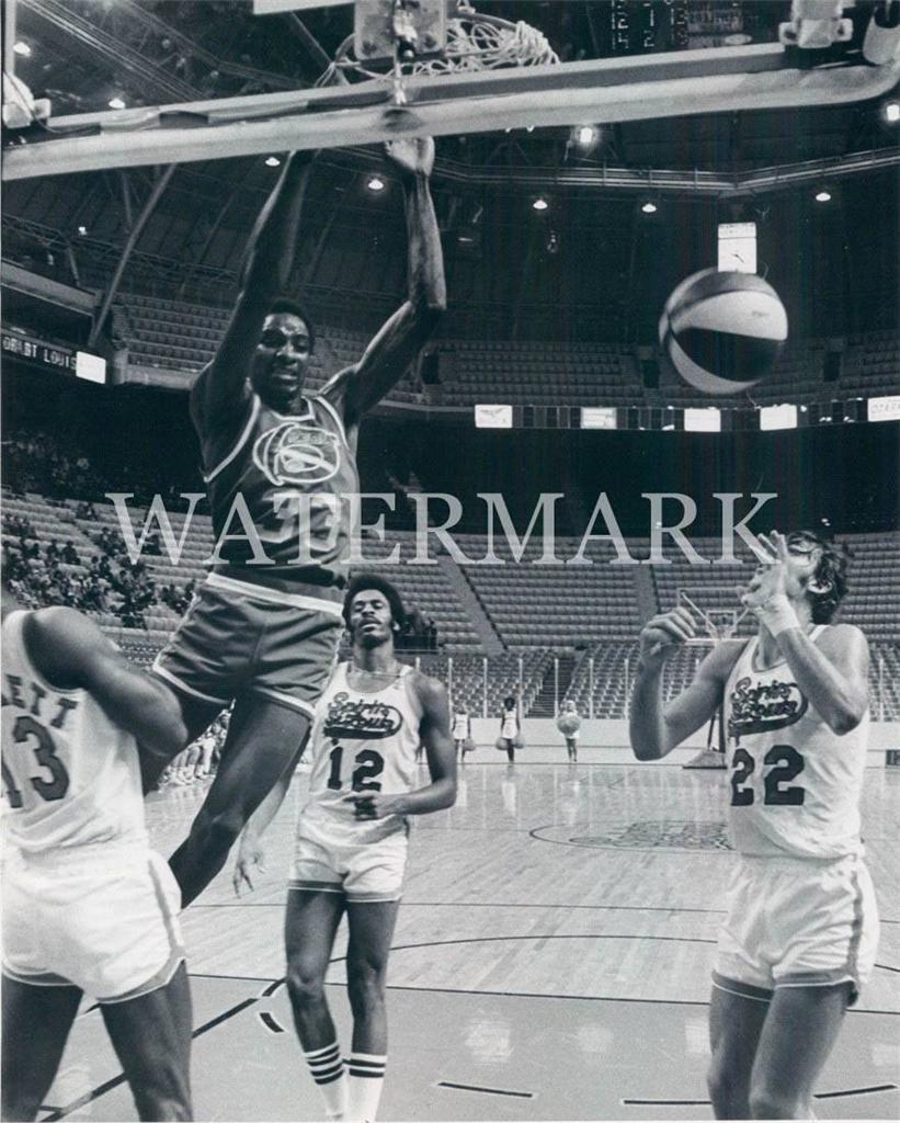 David Thompson Rookie ABA Dunk 8x10 11x14 Photo Denver