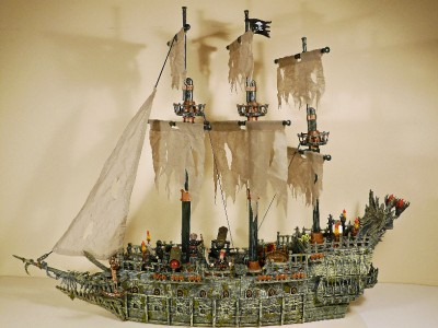 mega bloks lego style pirates the flying dutchman ghost. Black Bedroom Furniture Sets. Home Design Ideas