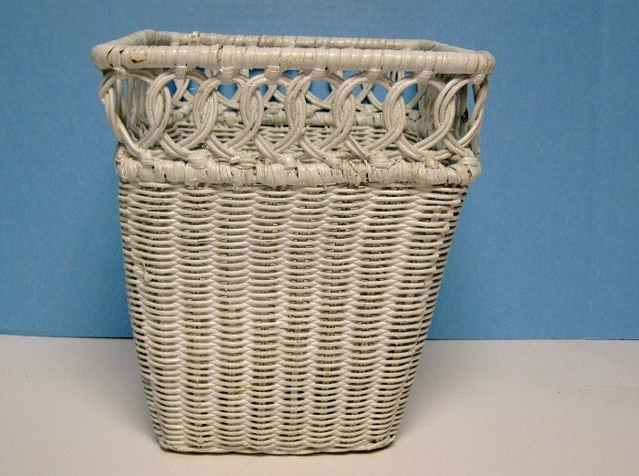 Vintage wicker trash can waste basket white 10 tall - Wicker trash basket ...