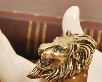 Mens Retro Jovian Leo Lion King Blue Eyes Lion Head Ring Cool New