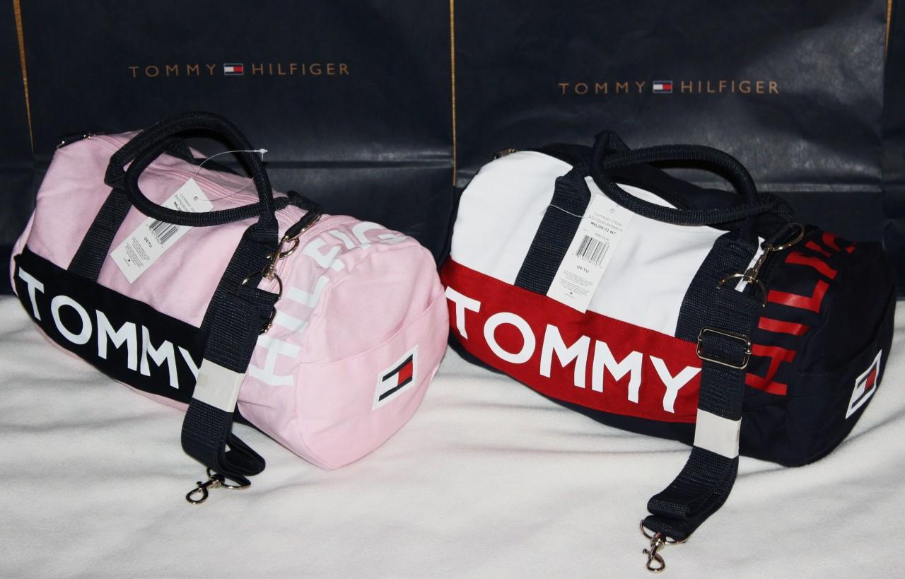 A Imagem Esta Carregando NWT TOMMY HILFIGER SMALL MINI Duffle Gym Bag