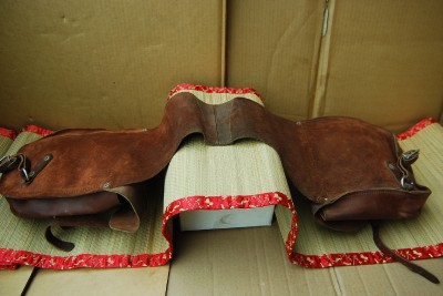 Vintage Leather Saddle Bags on Vintage Western Leather Saddle Bags Hillsworth Nebraska Horse
