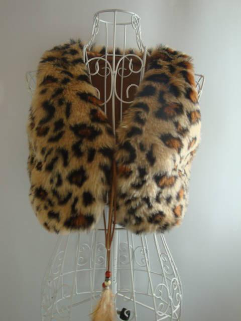 Женская одежда Жилеты Модный жилет с узором леопарда.  Ваша позиция.