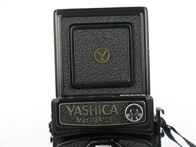 Yashica Mat 124g Medium Format Tlr Film Camera Free