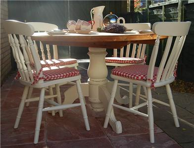 PRETTY SHABBY CHIC FARMHOUSE PINE DINING TABLE AND CHAIRS LAURA ASHLEY EBay