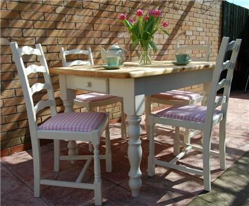 PRETTY VINTAGE PINE FARMHOUSE SHABBY CHIC DINING TABLE AND CHAIRS LAURA ASHLE