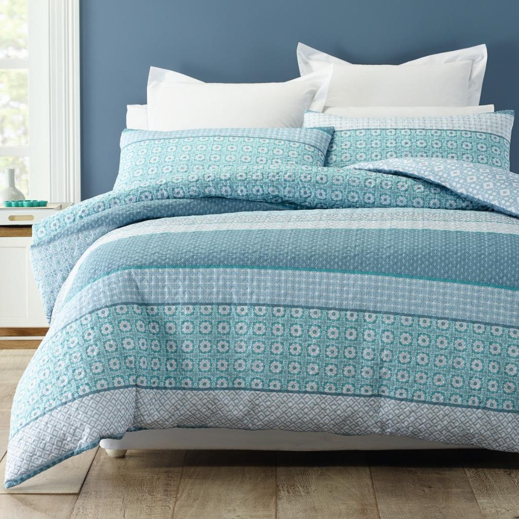 Ambesonne Teal Duvet Cover Set King Size, Retro Inspired Grunge Style Abstract Pattern Vintage Design Calming Color Scheme, Decorative 3 Piece Bedding Set with 2 Pillow Shams, Turquoise Blue. by Ambesonne. $ $ 95 Prime. FREE Shipping on eligible orders. Only 3 left in stock - order soon.