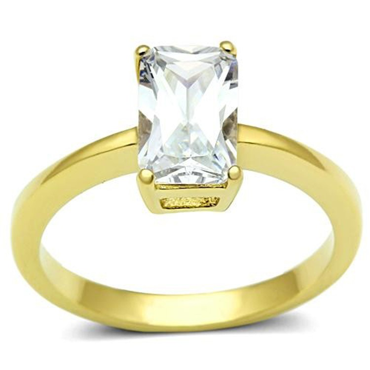 emerald radiant cut solitaire engagement ring yellow gold