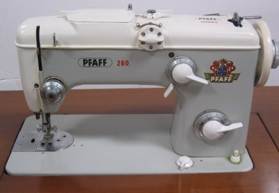 Vintage Pfaff 260 Sewing Machine With Cabinet Manual Accessories