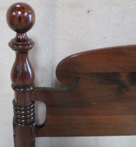 Gorgeous Ethan Allen Old Tavern Pine Cannonball Bed Posts