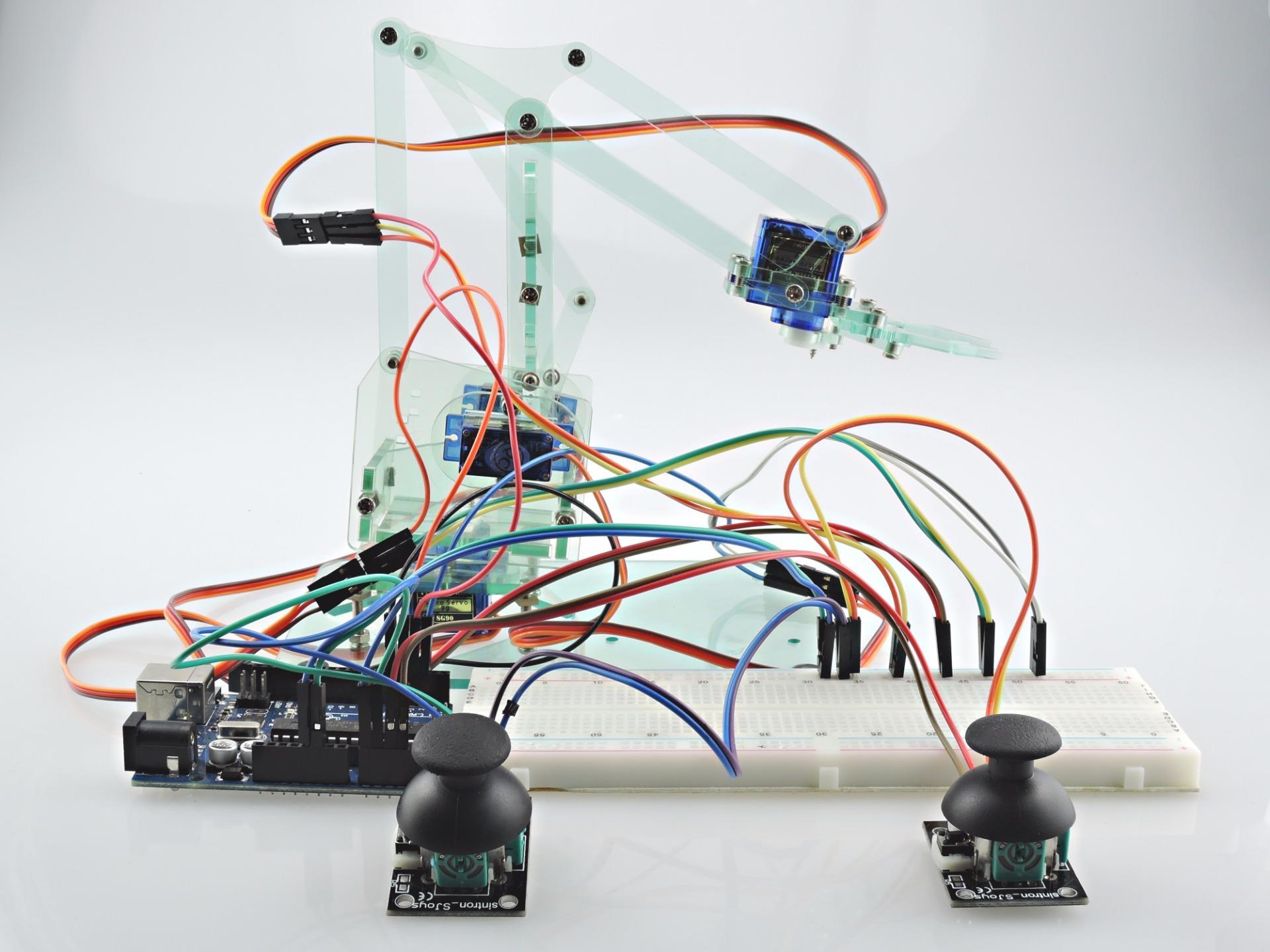 Sintron mini industrial robotic arm kit joysticks uno