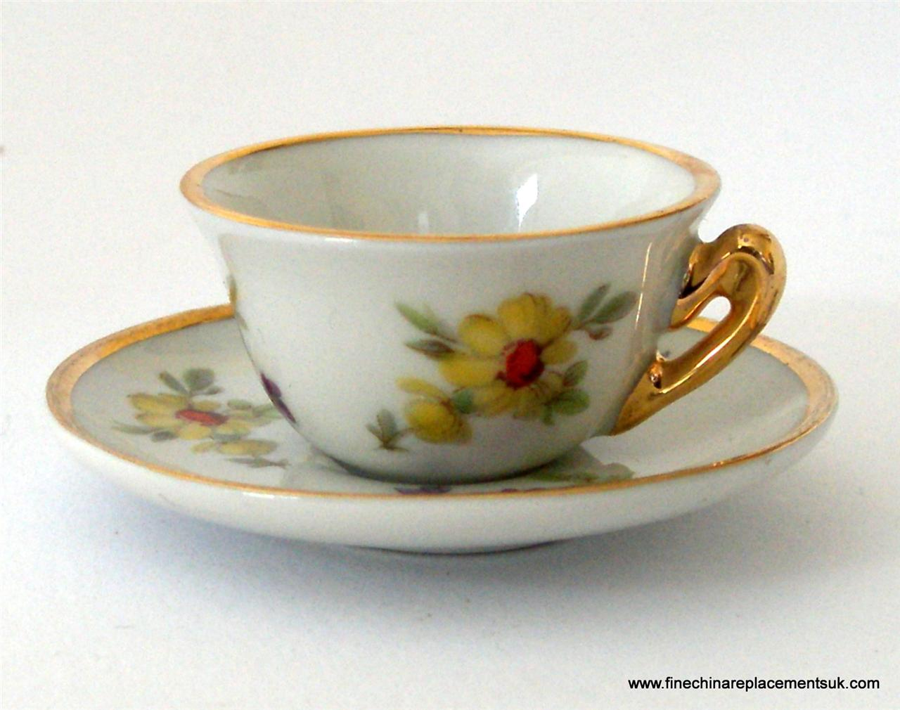 limoges miniature doll 39 s porcelain cup and saucer c 39 1950 39 s ebay. Black Bedroom Furniture Sets. Home Design Ideas