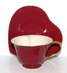 New Yedi Red Gold Heart Shaped Porcelain Tea Coffee Cup