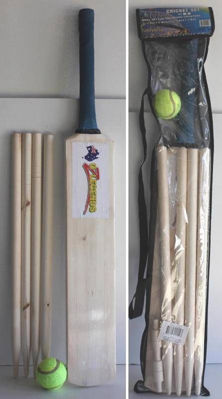 Kids-Wooden-Cricket-Set-Size-6-Bat-Wickets-Bails-Ball-Stumps-Sport-Toys-Beach