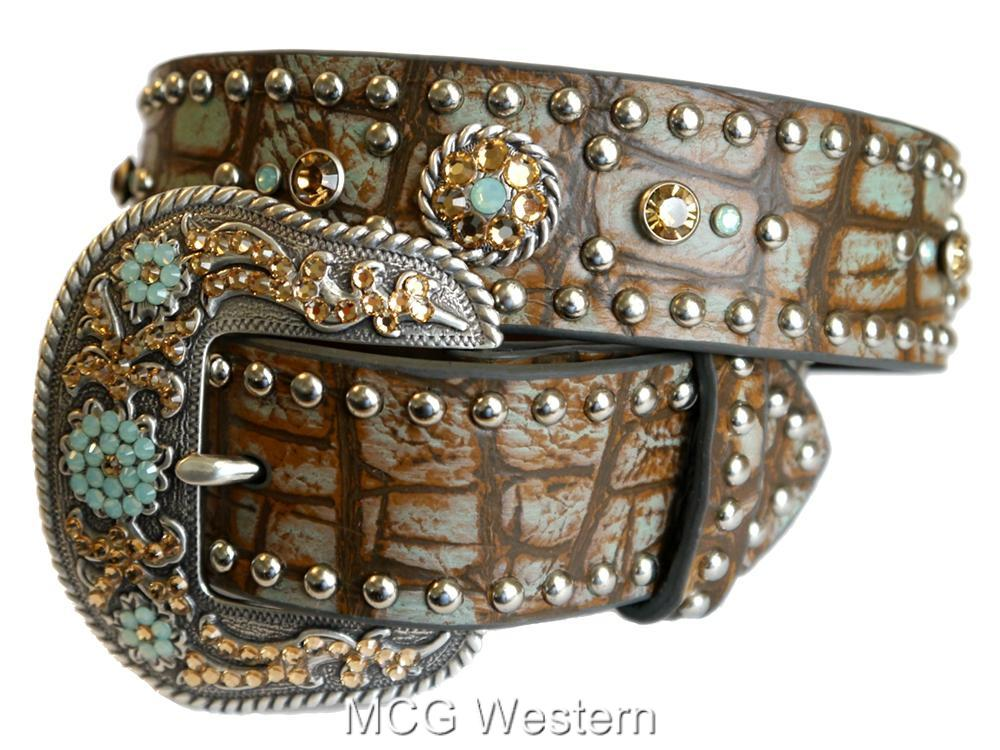 women's belts Add a bit of western flair to your outfit by pairing one of our unique women's western belts with anything from our collection of fine western wear for women. With great western details like turquoise stones, sparkling rhinestones and genuine leather, you'll be sure to find women's western belts that complement your wardrobe.5/5(K).