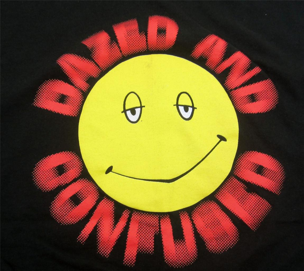 Mens T Shirt T-shirt Tee Dazed Smiley Face Confused Happy Sz L    Dazed And Confused Smiley Face