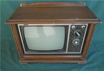 Rca floor model salesman sample cosole tv 1960 39 s for Floor model tv