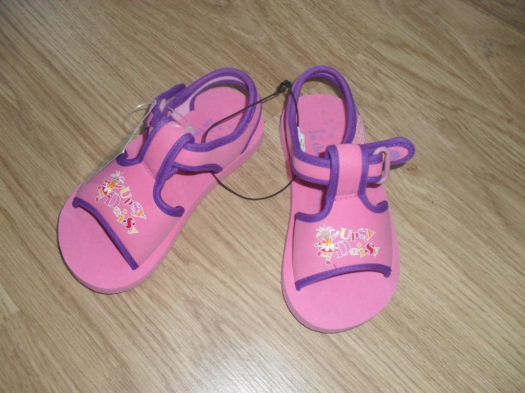 BNWT-in-the-night-garden-SANDALS-WITH-VELCRO