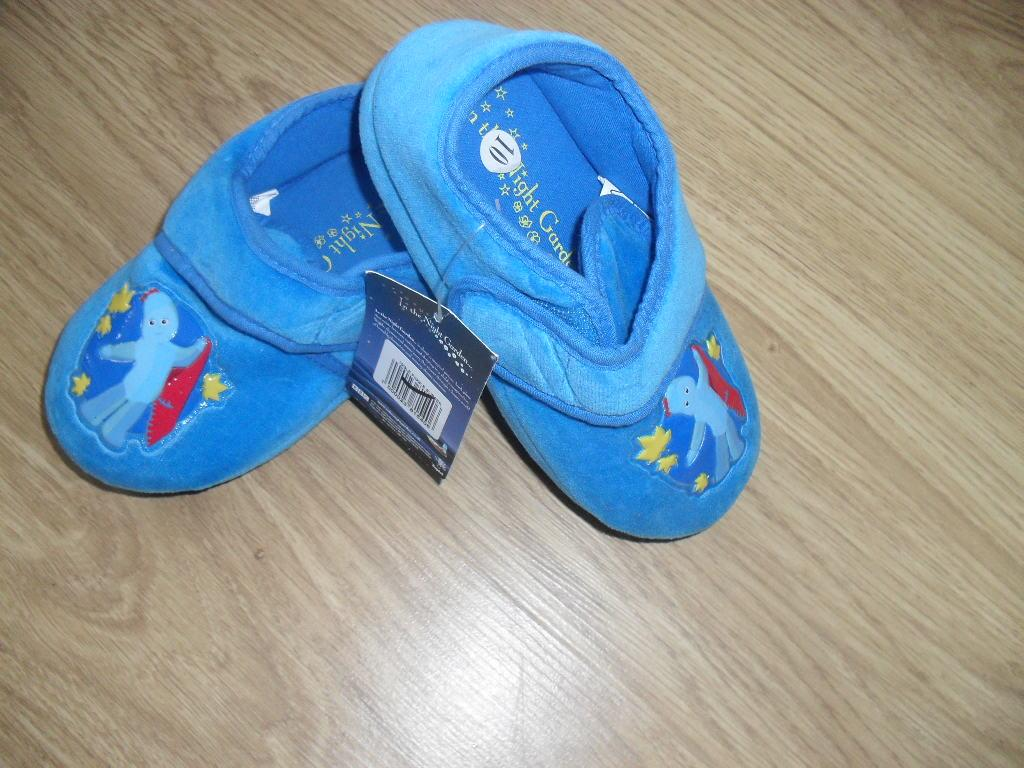 Toy Story Slippers : Bnwt toy story boys velcro slippers ebay