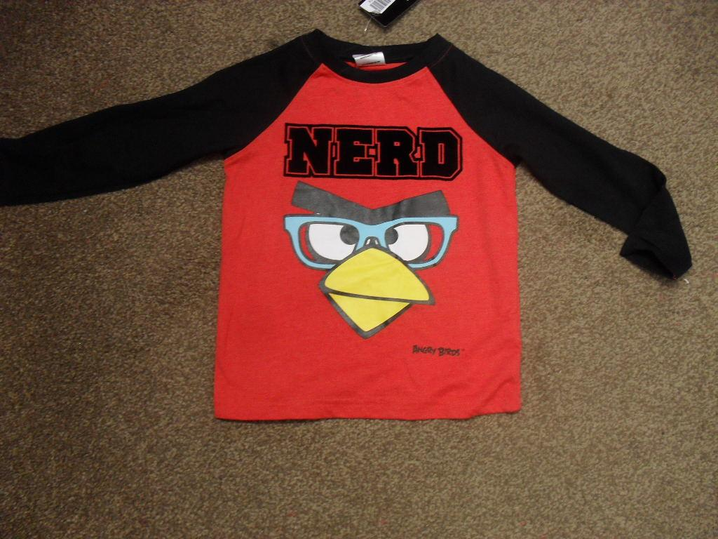 BNWT-Angry-Birds-boys-red-and-black-long-sleeved-tshirt-top