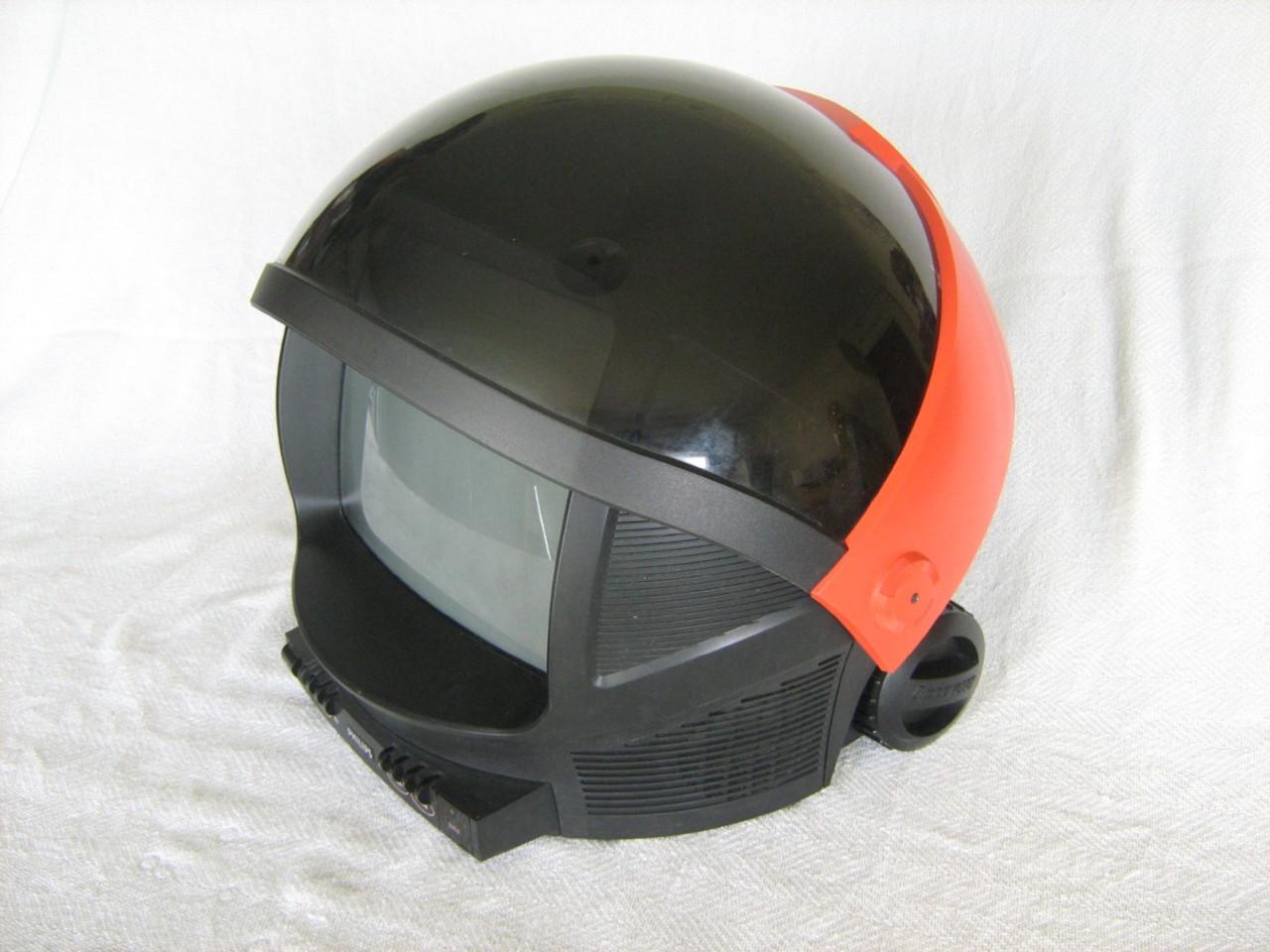 Retro Space Helmet -tv-space-helmet-design