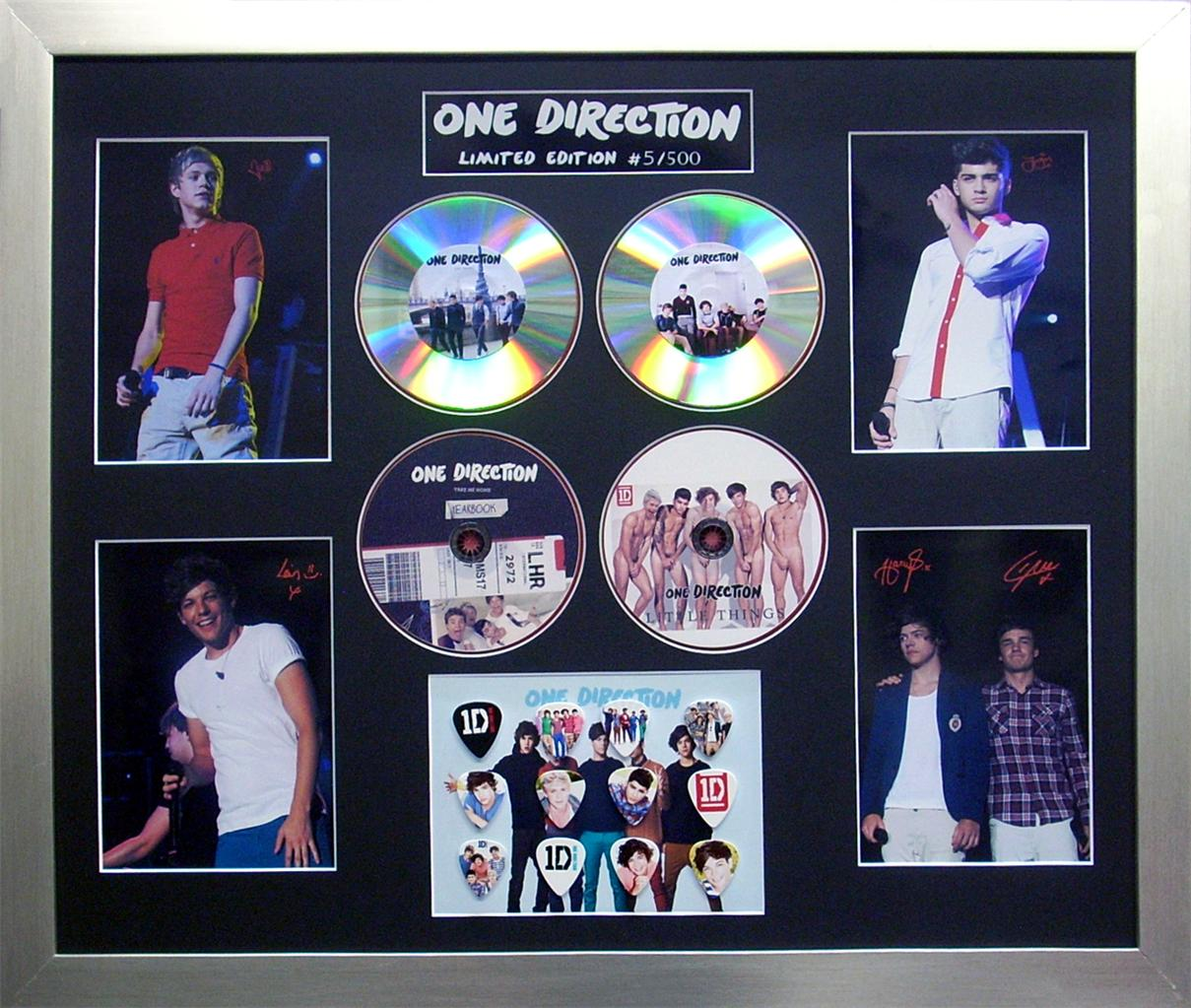 One-Direction-1D-Signed-Ltd-Ed-4-CD-Photo-Guitar-Pick-Memorabilia-Display-NEW
