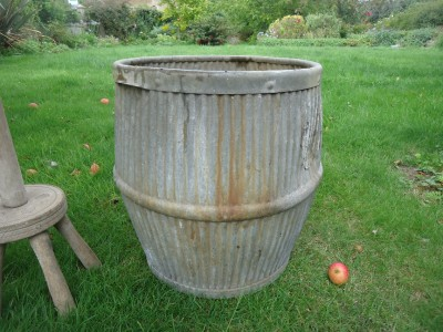 Vintage galvanised dolly tub tin bath wash day for Old tin baths for sale