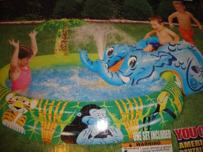 Banzai spray n splash elephant pool inflatable water for Garden elephant pool