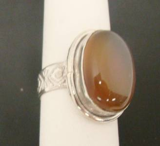 light brown gemstone cabochon opaque ring 7 9g sterling