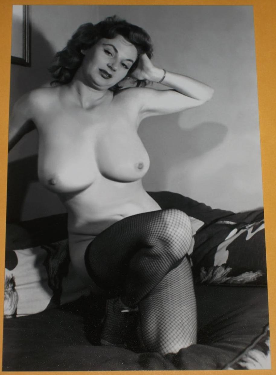 nude model Vintage