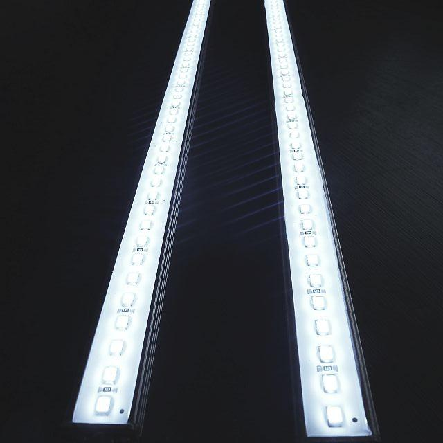 2-X-12V-75-LED-STRIP-LIGHT-BARS-CAR-TRUCK-CAMPING-CARAVAN-BOAT-AQUARIUM