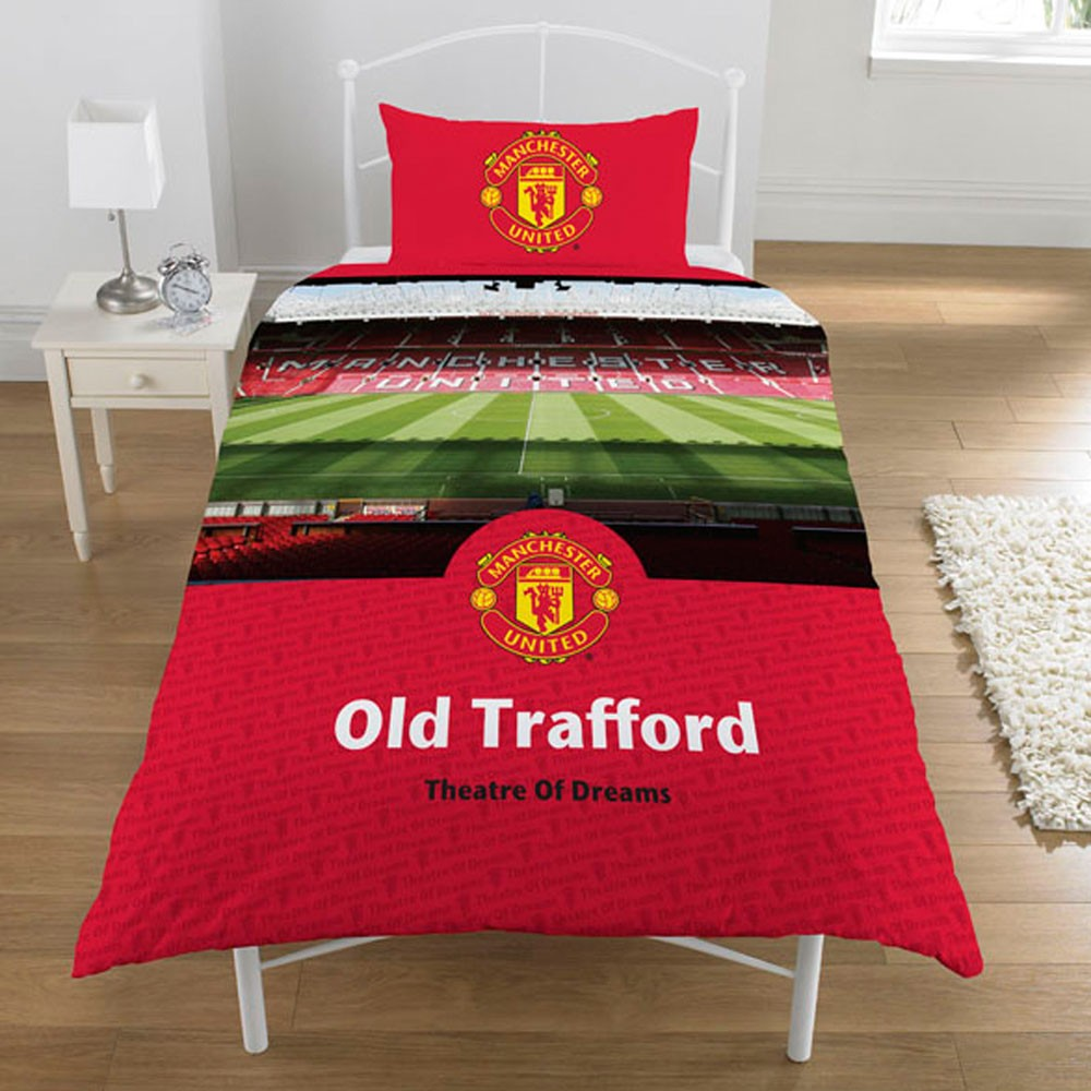 Manchester united duvet cover 39 stadium 39 football man utd for Man u bedroom stuff