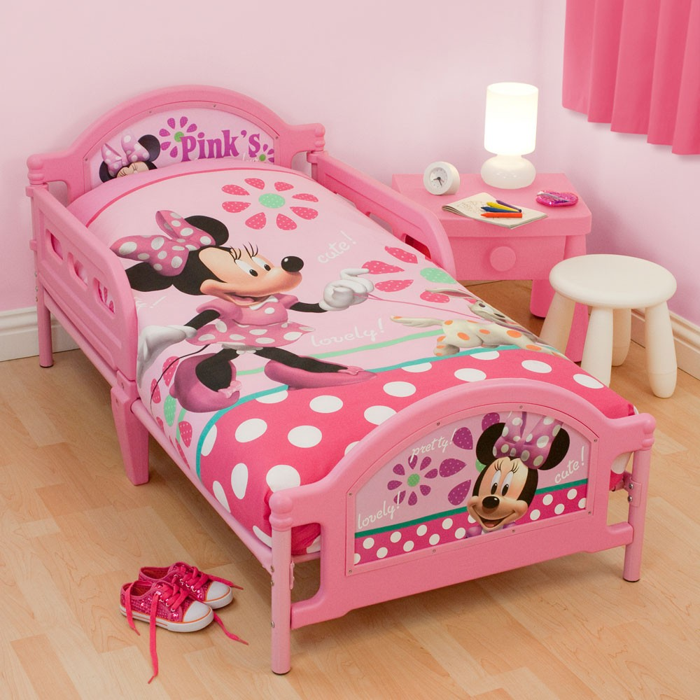 CHARACTER JUNIOR TODDLER BEDS