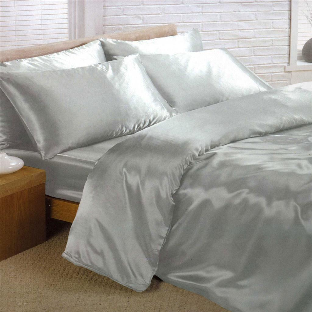 satin bedding sets 6 piece set duvet cover fitted sheet 4 pillowcases ebay. Black Bedroom Furniture Sets. Home Design Ideas