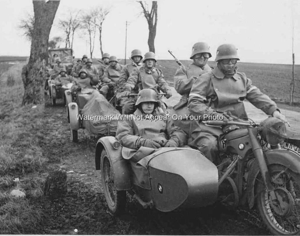 World War Two Germany Army Troops Soldiers Old Bmw R75 Motorcycles Sidecar Photo Ebay