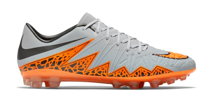 Nike soccer shoes 2015