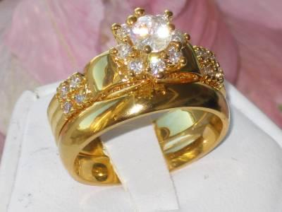 ... EN RELIEF JOLI FAUSSE BAGUE DIAMANT ANNEAU MARIAGE ENSEMBLE  eBay