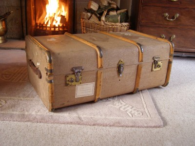 Antique Vintage Beech Bound Steamer Trunk Coffee Table Storage Blanket Box Ebay