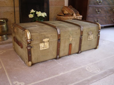 Antique Vintage John Pound Co Steamer Trunk Suitcase Coffee Table Ebay