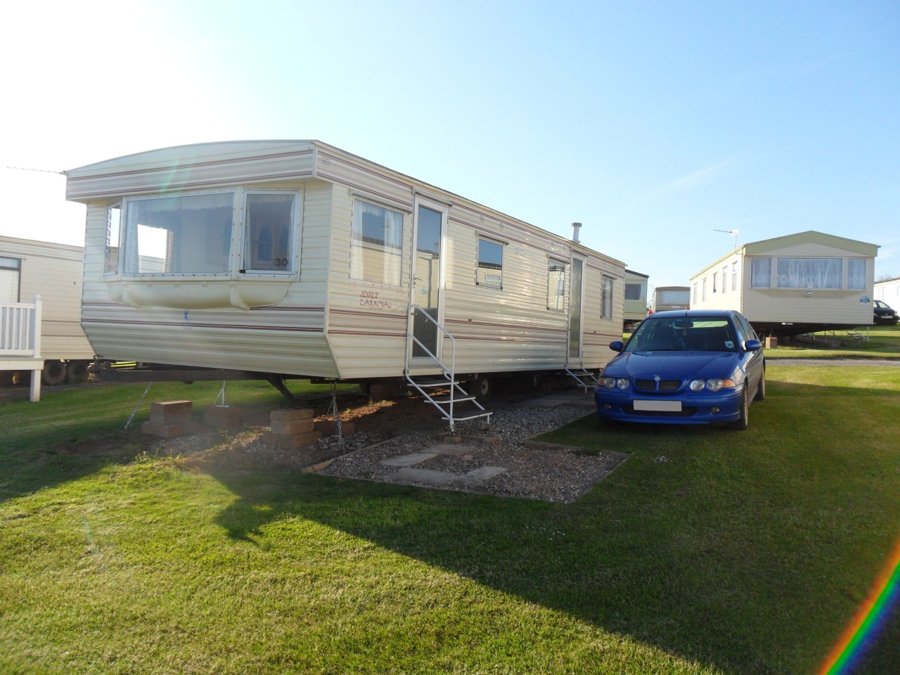 Unique  Beach Resort 8 Berth Central Caravan Hire UK Caravan Rental
