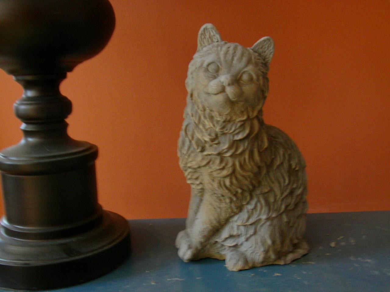 ... CEMENT CAT GARDEN STATUE STANDING CAT ANTIQUE HUES