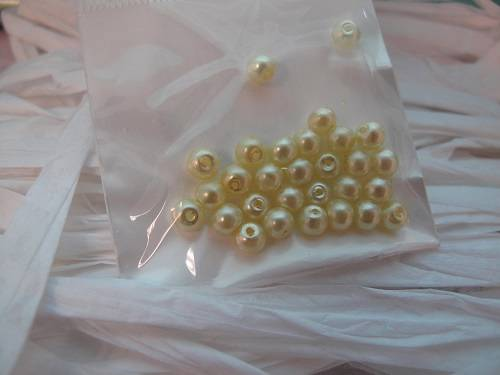 30pc Pack Pearlescent Sphere Seed Beads 4mm 28 Colours to choose from