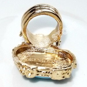 bidding a New gold plated OVAL arty ring in 4 difference color stone