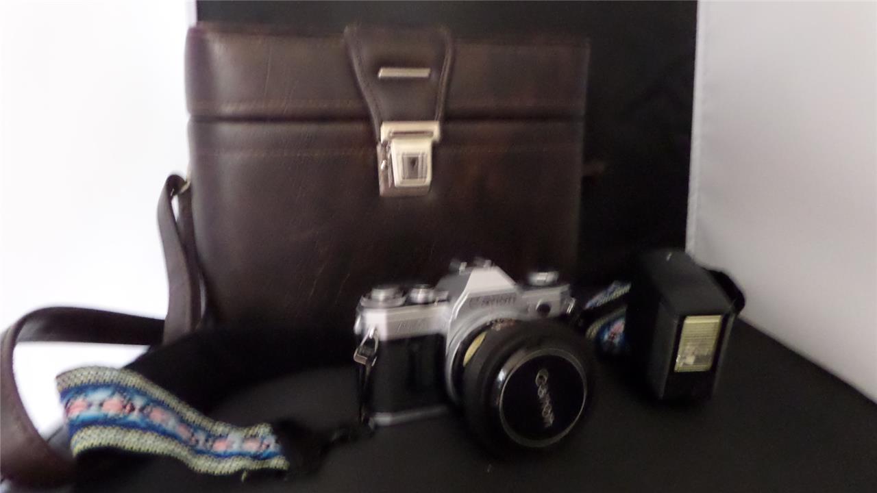 canon ae 1 camera vivitar auto 252 flash leather. Black Bedroom Furniture Sets. Home Design Ideas
