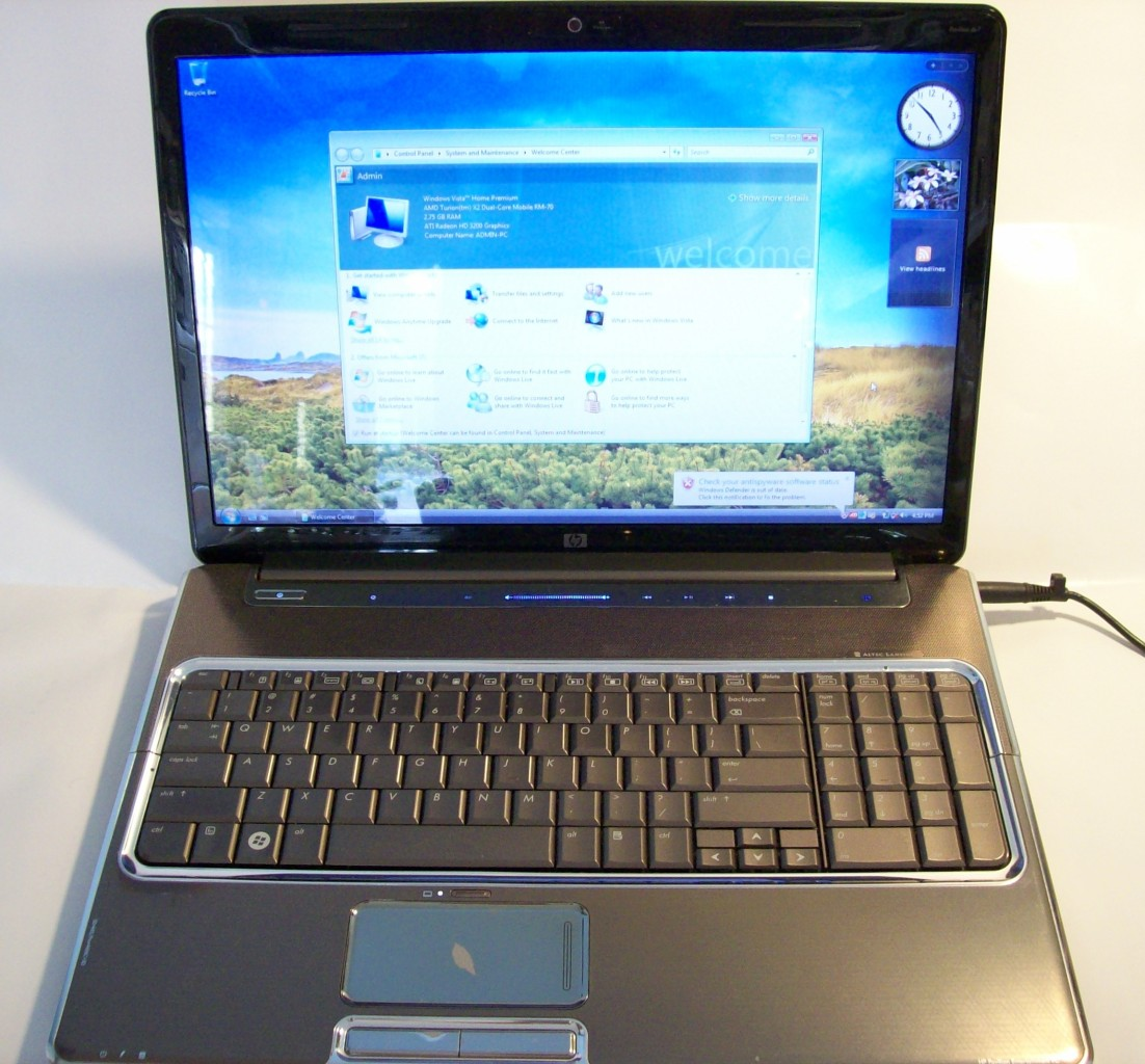 hp pavilion dv7 1135nr 2ghzx2 3gb ati 3200hd 17 laptop ebay. Black Bedroom Furniture Sets. Home Design Ideas