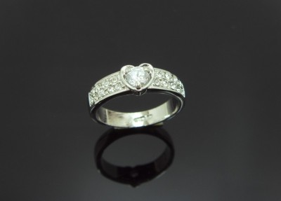 18K white gold plated heart white Crystal Ring size 6,7,8
